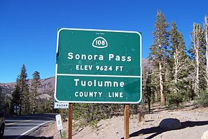 English: Mountain Pass Sign, Sonora Pass, CA S...
